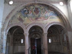 San Pietro in Monte: interno, affresco dell'abside